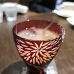 文明堂カフェ - グラスは江戸切り子