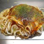 7203667 - 広島お好み焼き肉玉うどん(もちトッピング)