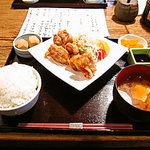 麻布十番 もち玉 - 若鶏の唐揚げ定食