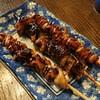 かど屋 - 料理写真:手前からきも串、ヒレ串、レバー