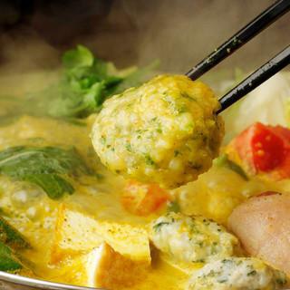 アジアンヘルシーな鍋料理は季節を問わずオススメです◎