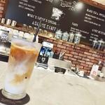 ルドローブラント カフェ -