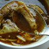 神岡HANA - 料理写真:ランチセットメニュー・スープカレー大きめ野菜添え-骨付き鶏もも肉-(食前野菜ジュース・ライス・サラダ・パン・ドリンク・大人のティラミス・アイスクリーム)1000円