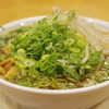 Takabashiramen - 料理写真:たかばしラーメン、九条ネギ、もやし大盛