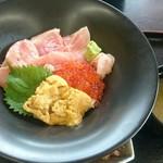 72039364 - 本マグロの3色丼(税別2,300円)