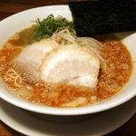 フジヤマ55 梅田 - とんこつラーメン(赤)辛口 ¥630円