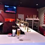ビアスタンドホップ - 『Beer STAND HOP』さんの店内の様子~♪(* ̄∇ ̄)ノ
