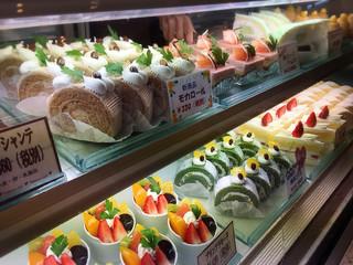 珠屋洋菓子店 - ショーケース