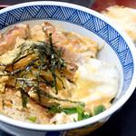 麺八 - カツ丼