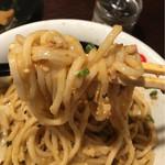 らーめん本竈 - 春よ恋使用の太麺は、最高ですよ。