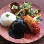 京都 れとろ洋食 LOCAVO - ハンバーグ&クリームコロッケ