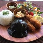 京都 れとろ洋食 LOCAVO - ハンバーグ&牡蠣フライ