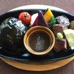 京都 れとろ洋食 LOCAVO - ハンバーグ&サイコロステーキ