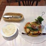 レストラン グーテ! - ハンバーグ タワー  ¥1000
