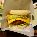 熱帯食堂 - 熱帯エビバーガー