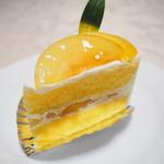 パティスリースマイユ - 桃のショートケーキ