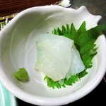 7206713 - 漁火 @八丁堀 焼魚定食に付く鱸の刺身