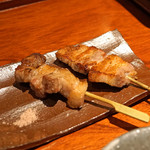 とっぴんぱらりのぷ - 秋田大張野豚の串焼き 豚バラ、豚ロース