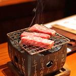 とっぴんぱらりのぷ - 秋田三梨牛A5ランクの炭火焼き