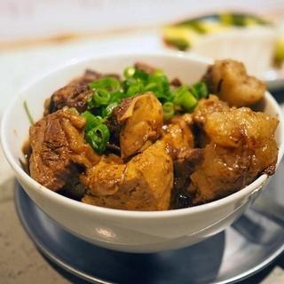【名物肉豆腐】ジビエ肉と佐賀食材を使用した「野趣料理」