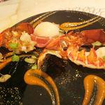 GINA - オマール海老 柚子胡椒を効かせたラタトゥイユのピューレ 地鶏の温泉卵を添えて