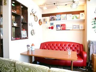 カフェ ルミエール - ソファー席もひとつありました