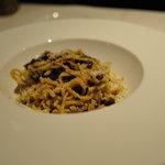 カンティネッタ バルベーラ - 山鳩のタヤリン、オススメマークはついてなかったけど美味しかった