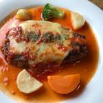 レストラン 蔵人 - 料理写真:☆ イタリアンハンバーグ ランチ¥1180 <サラダ、ライス、スープ、ドリンク付き> 変わらず 大好きな イタリアンハンバーグです\(//∇//)\ 2017年8月26日(土曜日)久しぶりに 訪問 。