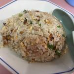 香龍 - 焼飯。なかなか美味しい♬