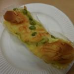 サンドッグイン神戸屋 - 宮崎県産枝豆とチーズ