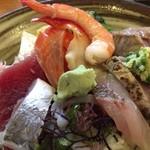 吾妻鮨 - 海鮮丼別角度