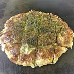 お好み焼き つるちゃん - 料理写真:チーズスペシャル焼き