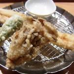 天ぷらめし 金子半之助  - 穴子、ししとう、舞茸