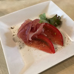 ガーデンレストラン 樹音 - 料理写真:生ハムとトマトのアミューズ
