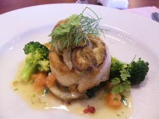 ムッシュ田中の料理とワインの店Vin Vin - 上に牡蠣も乗ってますvv