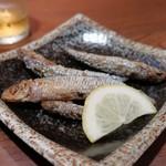 炭火焼 みや澤 - トンゴロイワシ唐揚げ