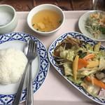72087150 - ランチ_パッパッルァミッ(五目野菜炒め)¥980                       2017/08/26(土)