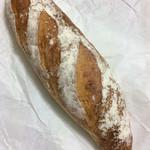 72088093 - 天然酵母のフランスパン