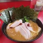 杉田家 - チャーシュー麺 のり増し