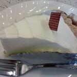 72090356 - レアチーズケーキ