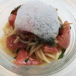 72095229 - パスタ 塩トマトとツナの冷製パスタ☆★★☆ミントの香り