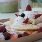 ザ ビーチ バーガー ハウス - ブルックリンパンケーキ