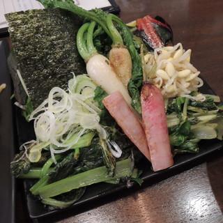 カミノ - 料理写真:野菜つけ麺の野菜