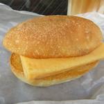 Camelback sandwich&espresso - すしやの玉子サンド 378円