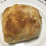 ル・ジャルダン・デュ・ベール - 料理写真:コーンとチーズのもちもちチャバタ@180円