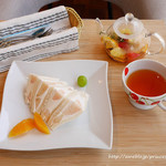 横浜水信 - 桃のサンドウィッチ