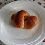 ブヴロンのパン小屋 - ベーグル ウィンナー 100円