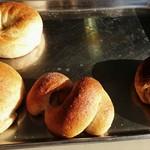 ブヴロンのパン小屋 - 焼きたて