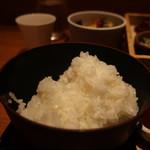 ヒトシナヤ - 御飯アップ