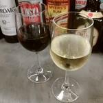 串焼き&ワイン BRANCH - デルスールのカベルネとシャルドネ